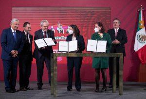 México firma acuerdos con farmacéuticas para asegurar más de 100 millones de vacunas anti-Covid