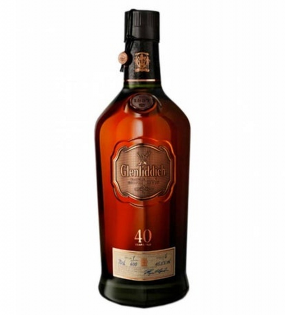 Glenfiddich Single Malt Scotch de 40 años.jpg